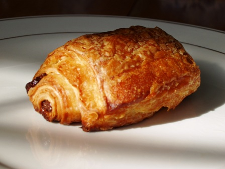 http://annkroeker.files.wordpress.com/2008/03/croissant.jpg